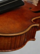 violin-2011-after-a-stradivari front detail