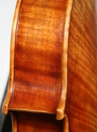 violin-2012-after-a-stradivari side detail