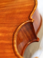 violin-after-late-guarneri-del-gesu back detail