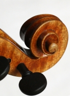 violin-after-late-guarneri-del-gesu scroll-threequarterview