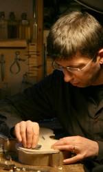 Andreas Hudelmayer scraping front